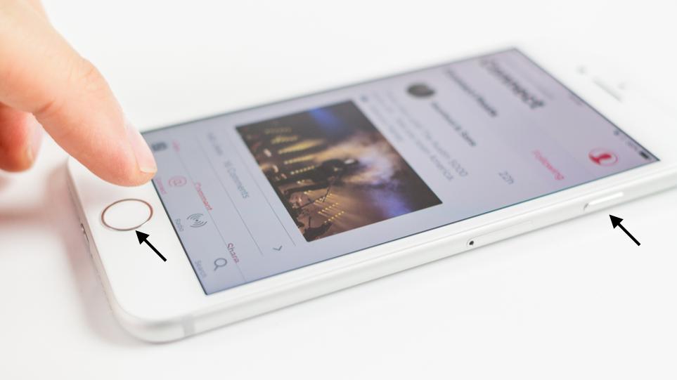 گرفتن عکس از صفحه یا اسکرین شات با استفاده از دکمه Home